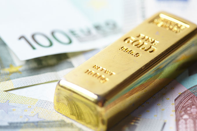 Gold Forecast: Continues to Hover Just Above Support Level