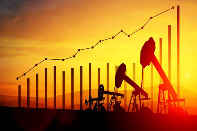 Forex Today: Crude Oil Hits 7-Year High